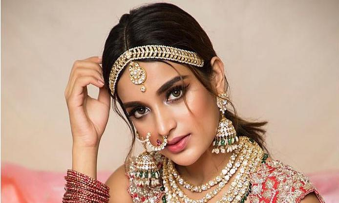 Nidhhi Agerwal Traditional Avatar