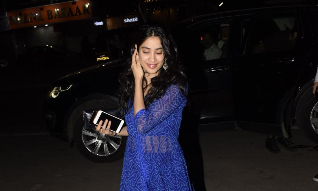 Pics : Janhavi Kapoor Spotted In Blue Outfit
