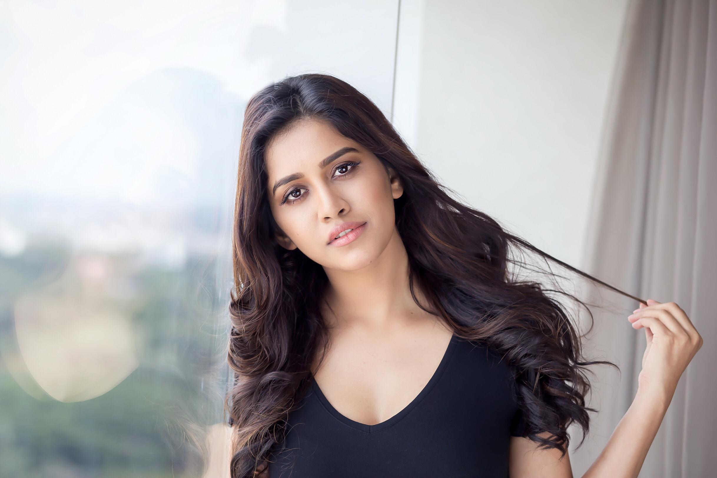 Heroine Nabha Natesh