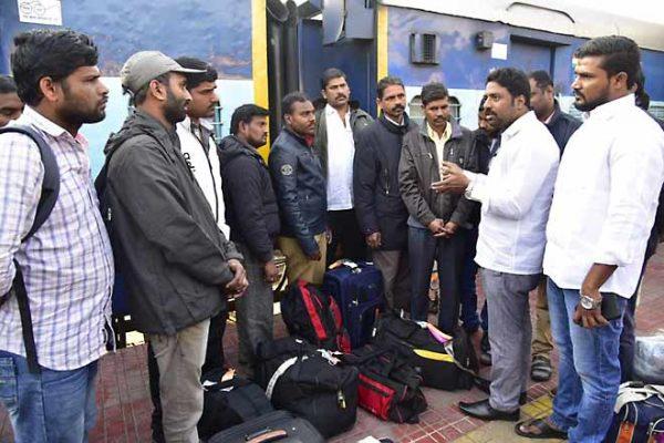ఎంపీ కవిత చొరవ.. ఇరాక్ నుంచి సొంతగూటికి 14 మంది తెలంగాణ వాసులు!